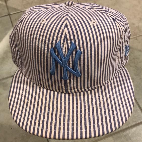 d21718aec0d015 New York Yankee - New Era - Searsucker Hat. New Era.  M_5cac2a4e2eb33f0f8a24aadc. M_5cac2a6a8d653d6e4ec07838.  M_5cac2b18bbf076b62856f74e